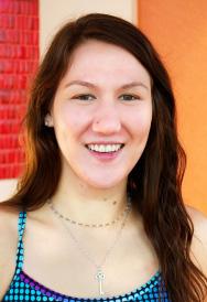 Laura Gunder : Instructor