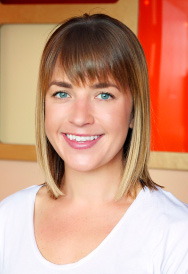 Chelsea Biel : Instructor