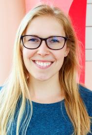 Lauren Hughes : Staff